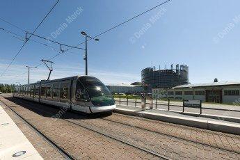 Strasbourg : le tram station Parlement