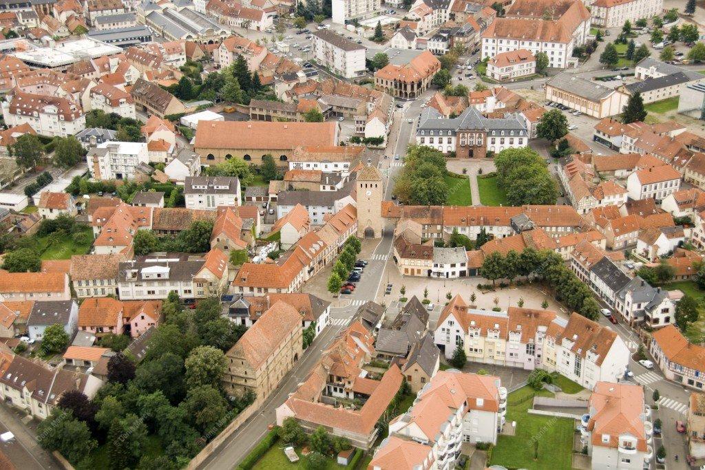 Vue aérienne du centre ville de Haguenau de 2007