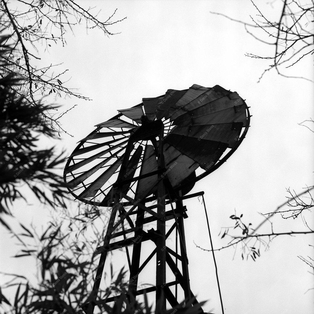 Drôme : ancienne éolienne