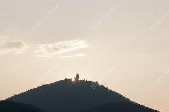 Château du Haut-Koenigsbourg au coucher du soleil