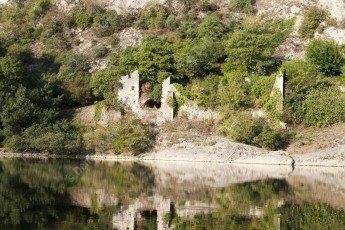 Ruine dans les Gorges de l'Ardèche