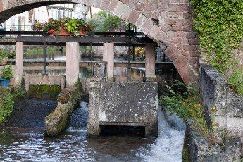 Wissembourg : écluse de la Lauter dans le Bruch