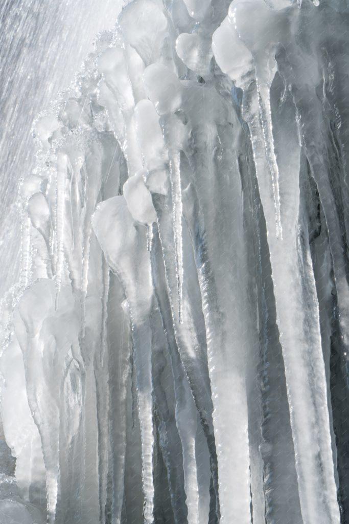 Stalactites de glace au Nideck