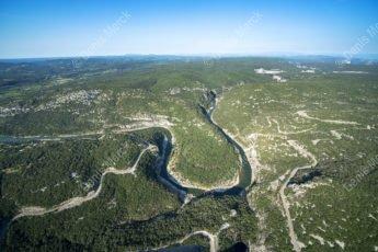 La Combe du Pouzat dans les Gorges de l'Ardèche - Photo en Hélicoptère