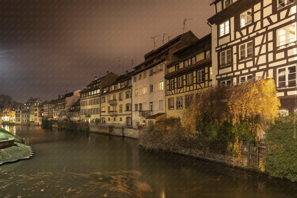 Strasbourg : la Petite France la nuit