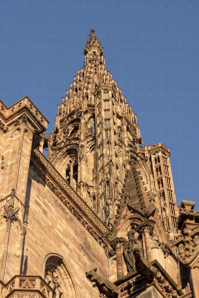 La tour et la flèche de la cathédrale de Strasbourg