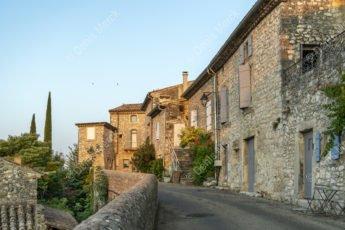 Le village médiéval de la Garde Adhémar