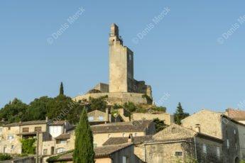 La tour du château de Chamaret